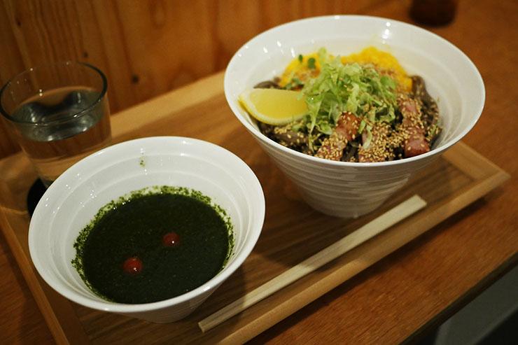 バジル蕎麦
